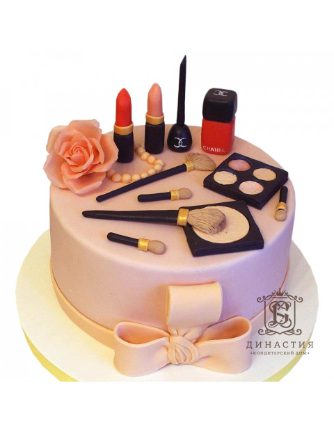Торт косметика CHANEL
