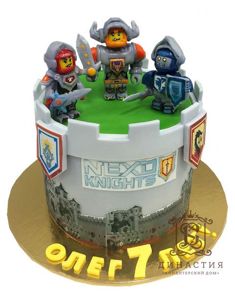 Торт Нексо