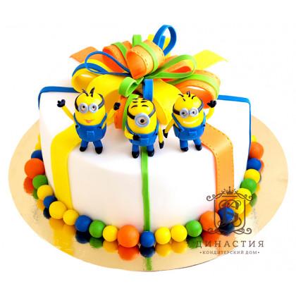 Торт Подарок от миньонов