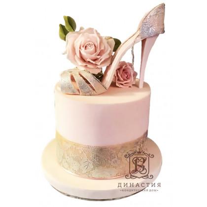 Торт Туфелька для Золушки