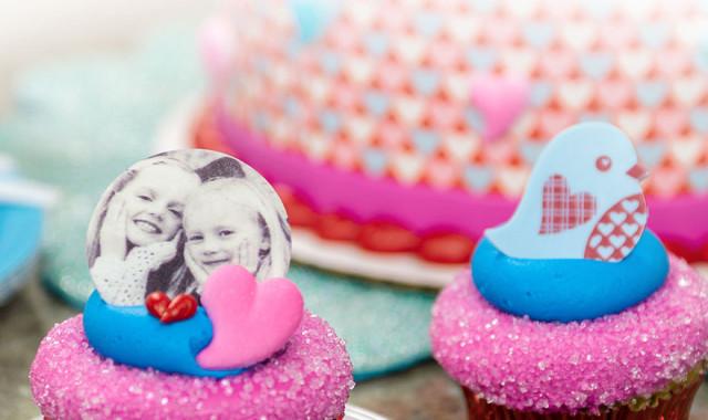 Примеры оформления детских тортов