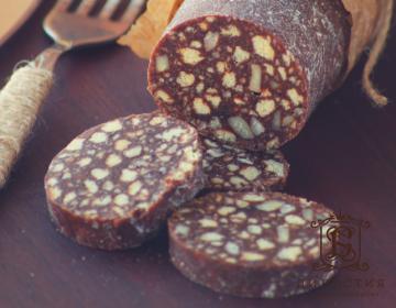 Рецепт торта «Шоколадная колбаска»
